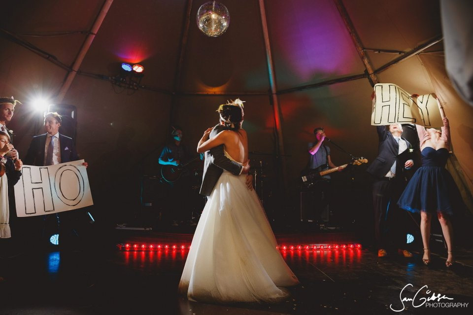 Wedding Bands First Dance