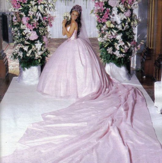Jordan's slightly YIKES! wedding dress...