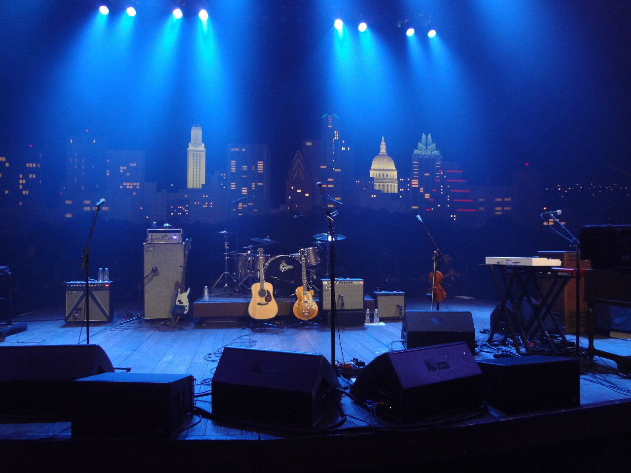 Practical Advice for Booking a Wedding Band in 2015