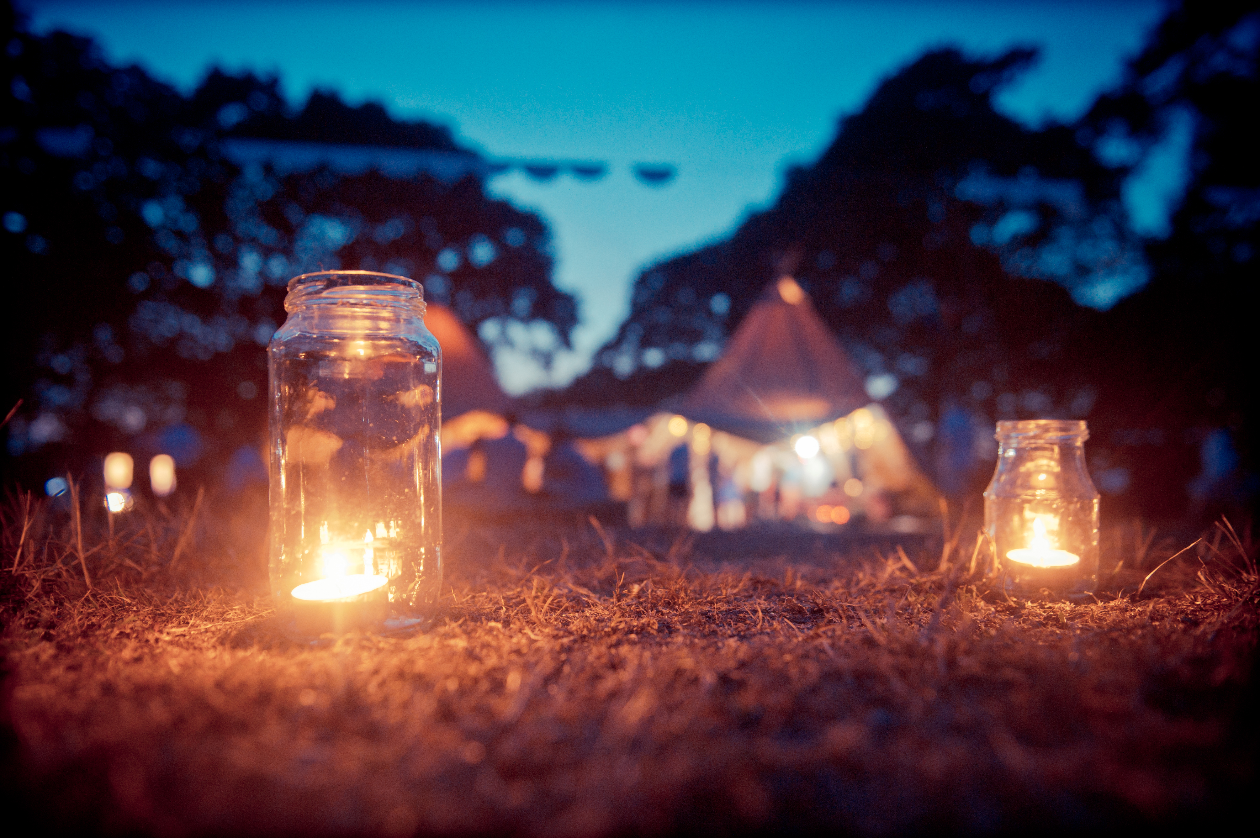 Valentine's wedding theme with candlelight
