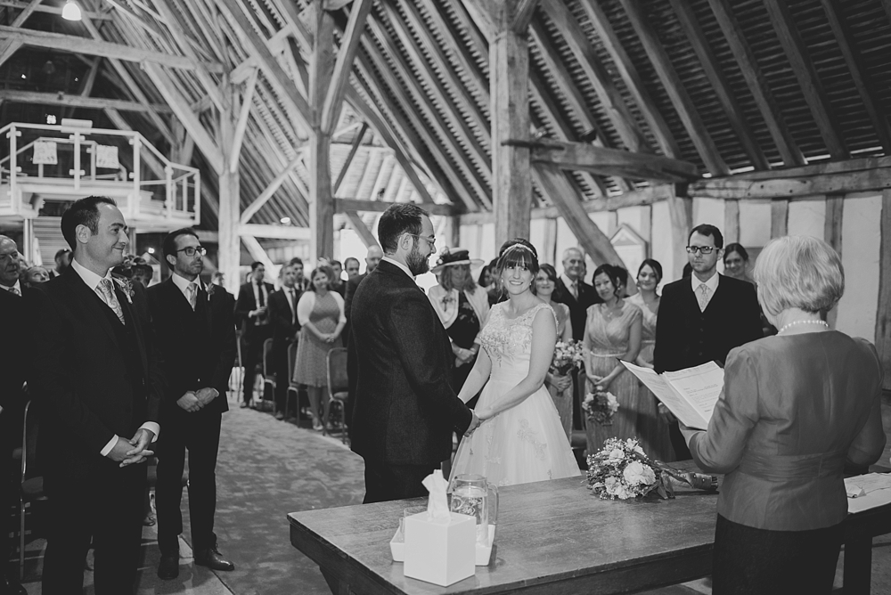 cressing-temple-barns-wedding-photos-kerrie-mitchell-photography_0225[6]