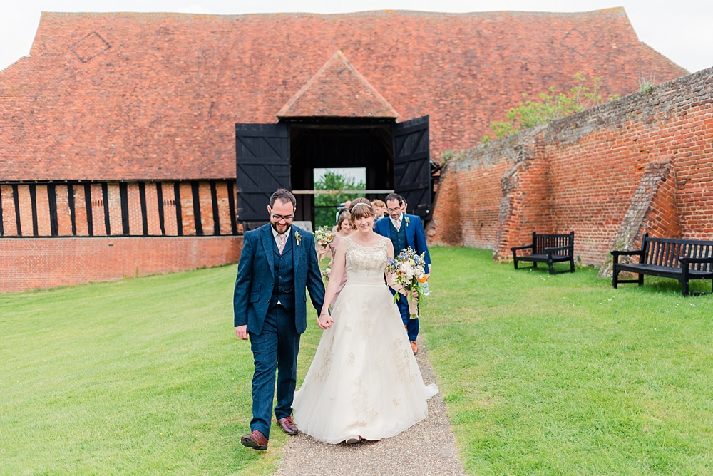 cressing-temple-barns-wedding-photos-kerrie-mitchell-photography_0260[4]