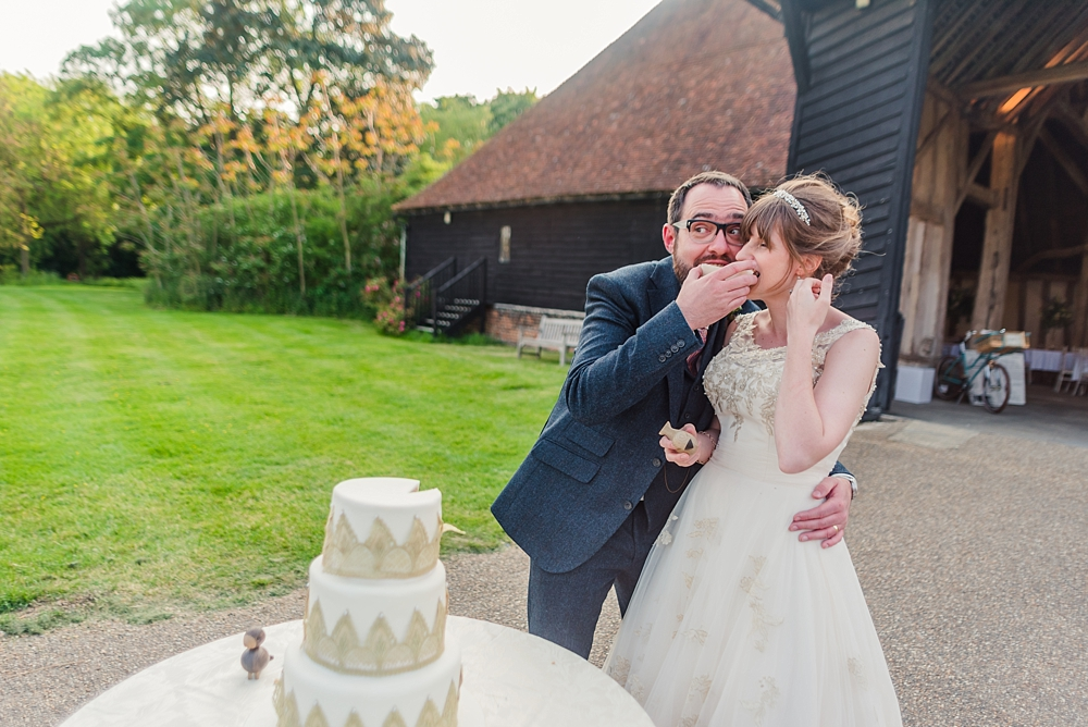 cressing-temple-barns-wedding-photos-kerrie-mitchell-photography_0672[3]