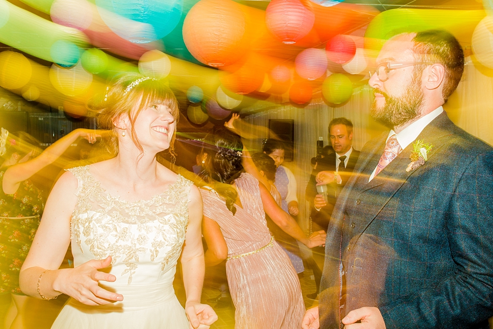 cressing-temple-barns-wedding-photos-kerrie-mitchell-photography_0840[4]