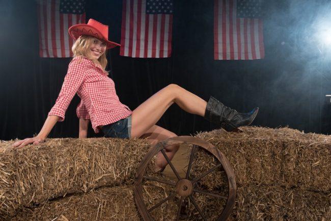 Debi Sings Country