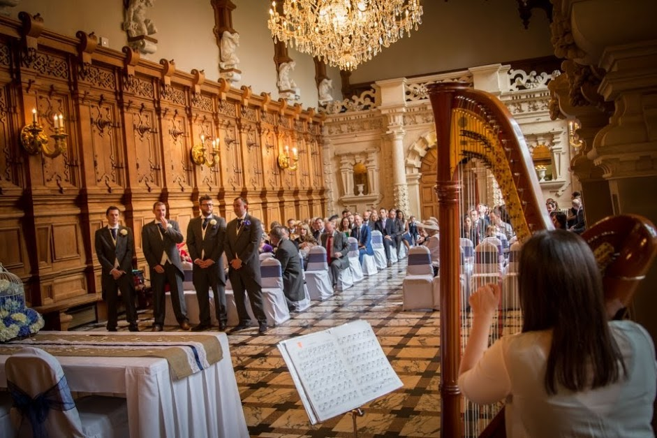 5 Great Reasons To Book A Harpist For Your Wedding