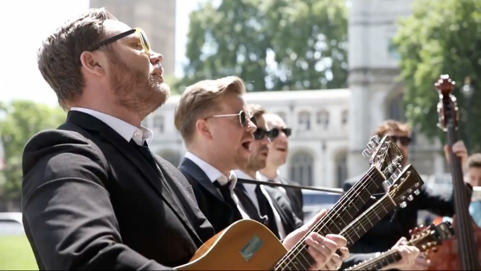roaming acoustic wedding band