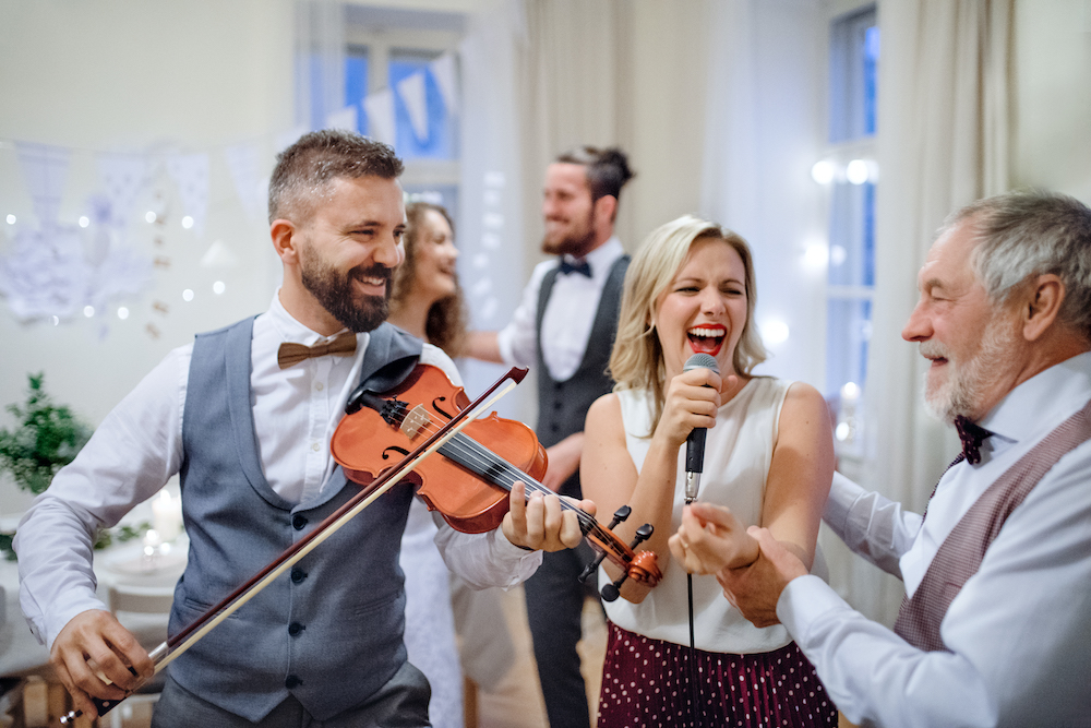 Cheap Wedding Entertainment Ideas