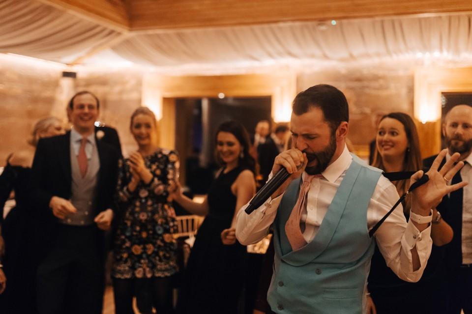 Wedding_Entertainment_Warble