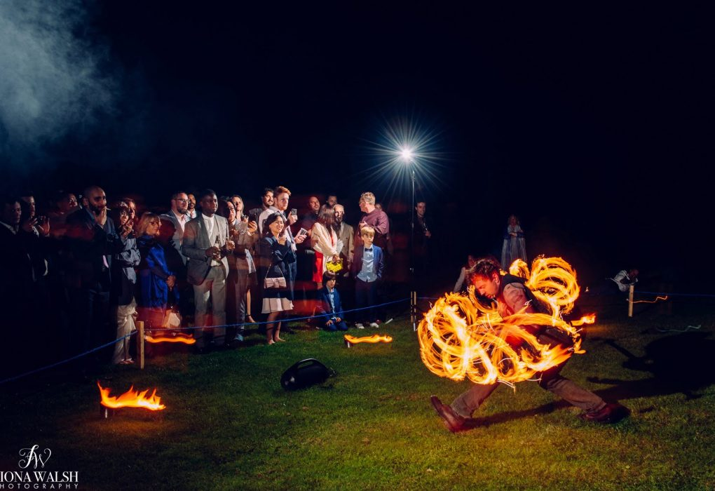 Damazo fire performance at night in front of guests