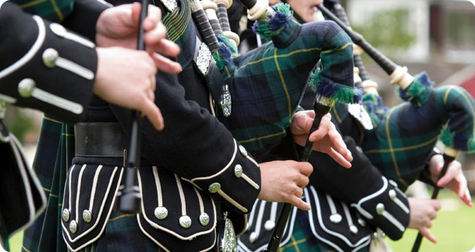 Pipers & Scottish Bagpipes